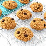 These gluten free and vegan Chocolate Chip Oatmeal Cookies are so easy to make and taste delicious! They use simple gluten free and vegan ingredients to make wonderful chewy cookies. #glutenfree #vegan #dairyfree #cookies #oatmealcookies #dessert